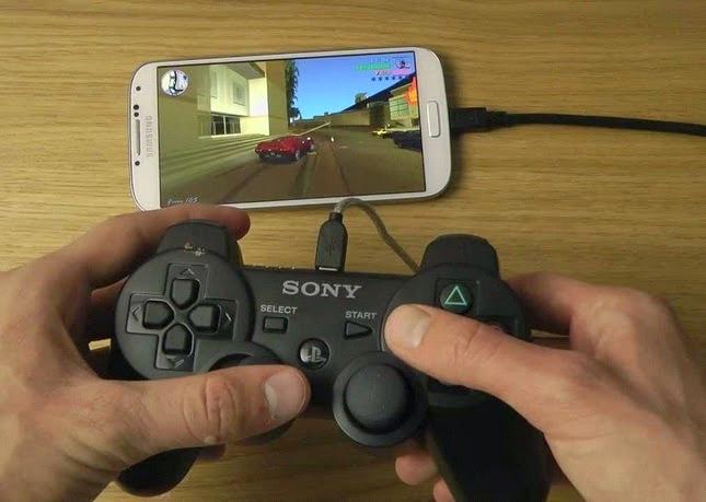 Bermain Game di Smartphone Dengan Menggunakan Stick