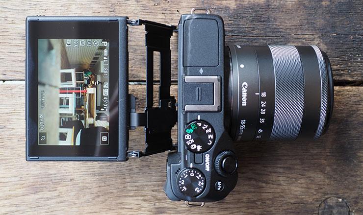 CanonEOSM3_top_740