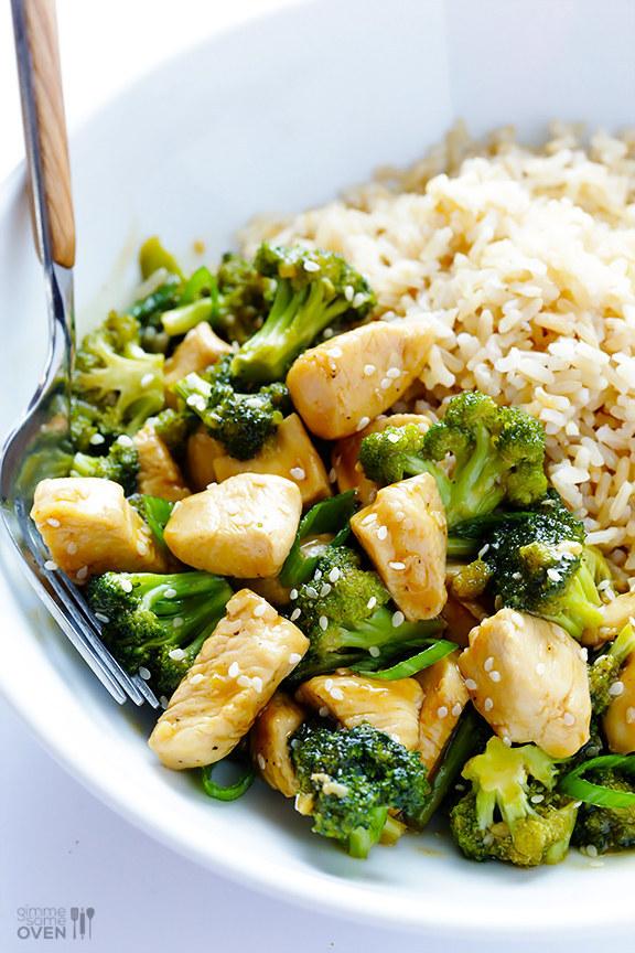 Chiken and Broccoli sebagai Menu Makan Malam Sehat Si Kecil