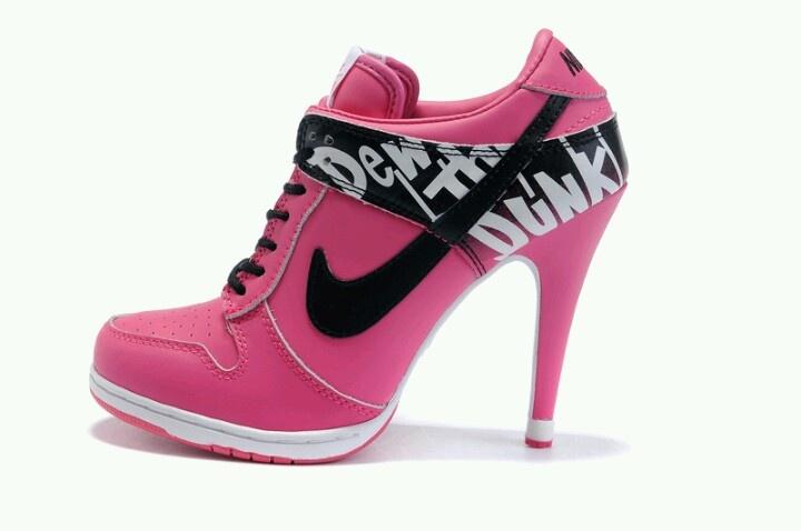 Sepatu Sneakers High Heels