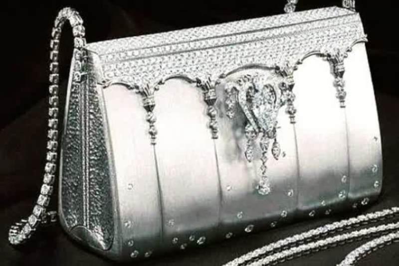 The Hermes Birkin – Ginza Tanaka, USD 1,9 juta