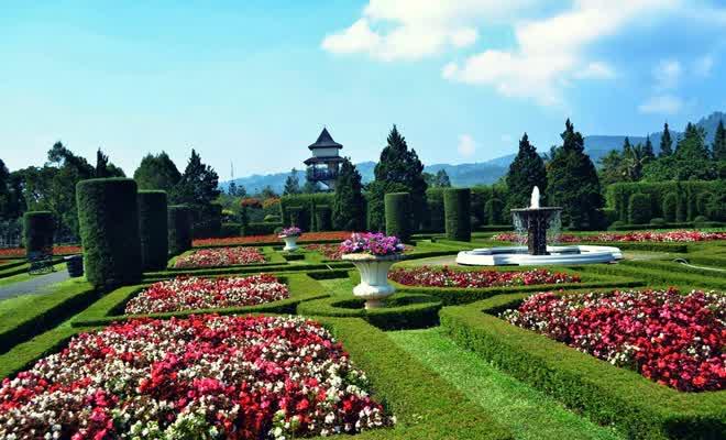 Taman Bunga Nusantara via wisatamu.com