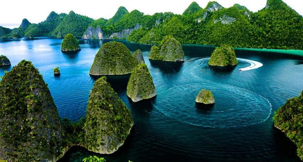 kepulauan raja ampat objek wisata menarik di papua