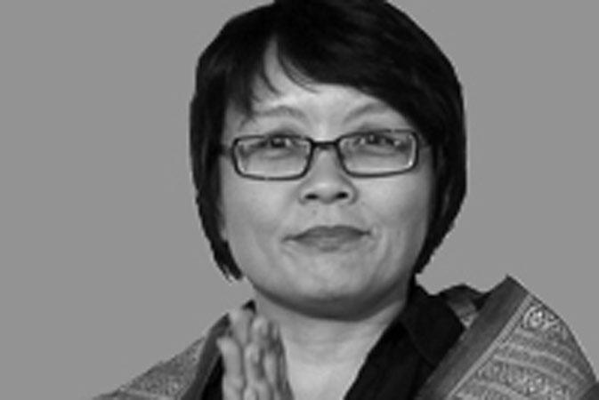 Nan T.Achnas Sutradara Pasir Berbisik