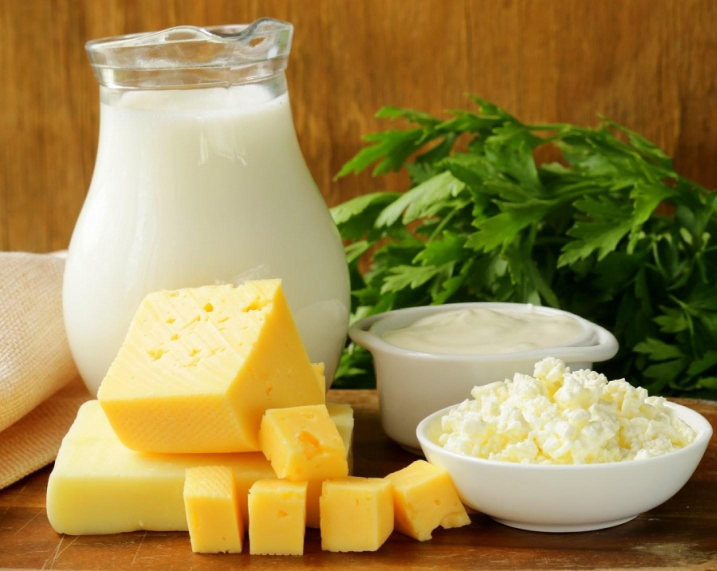 Mengembalikan Gigi Seperti Semula dengan Mengkonsumsi Produk Susu