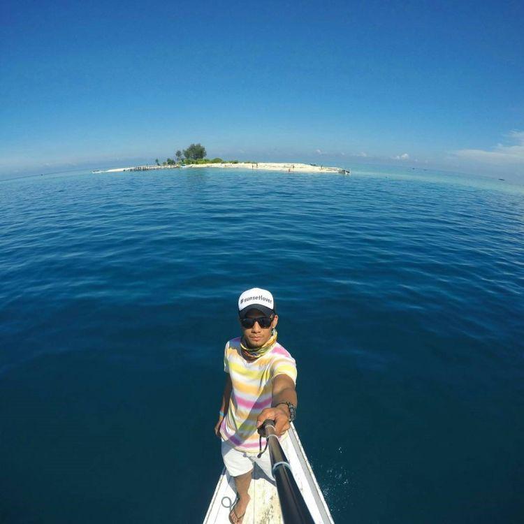 Coba Nich Gaya Selfie Kekinian Yang Keren Banget