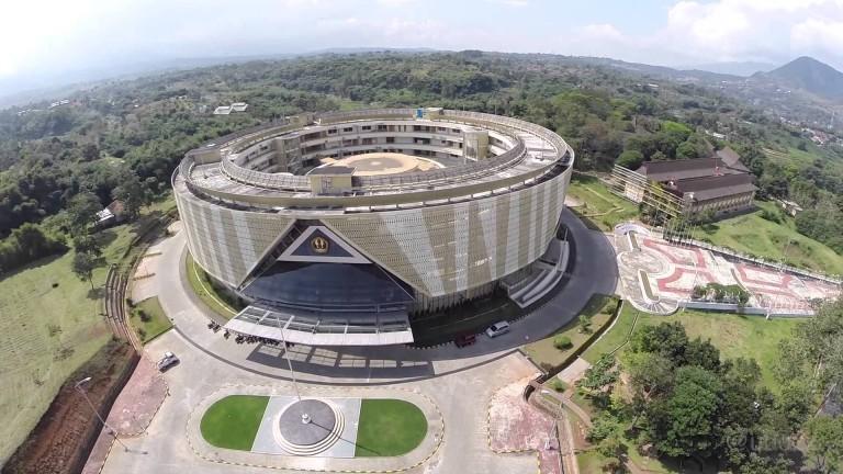 unpad, universitas terbaik di Bandung Indonesia