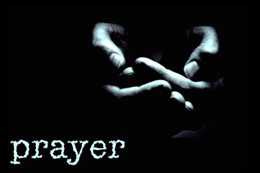 ingatlah bahwa kamu masih punya Tuhan dan kamu tidak sendirian