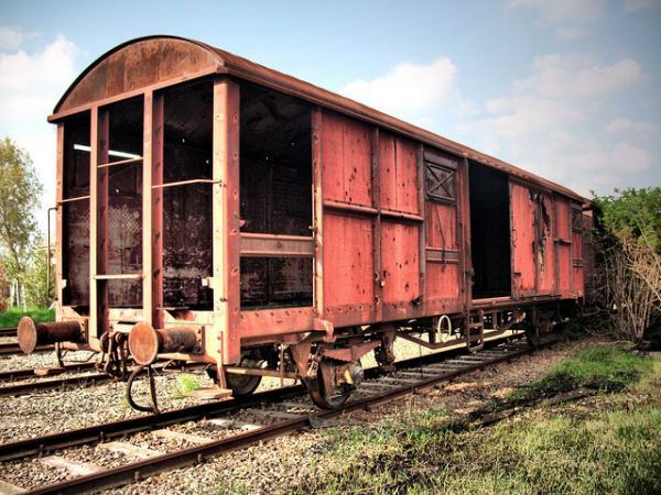 stasiun kereta api berhantu, poncol semarang