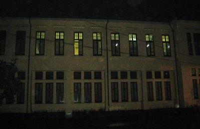gedung sekolah belitung, tempat angker di bandung