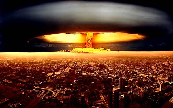 ledakan nuklir terjadi di sebuah kota