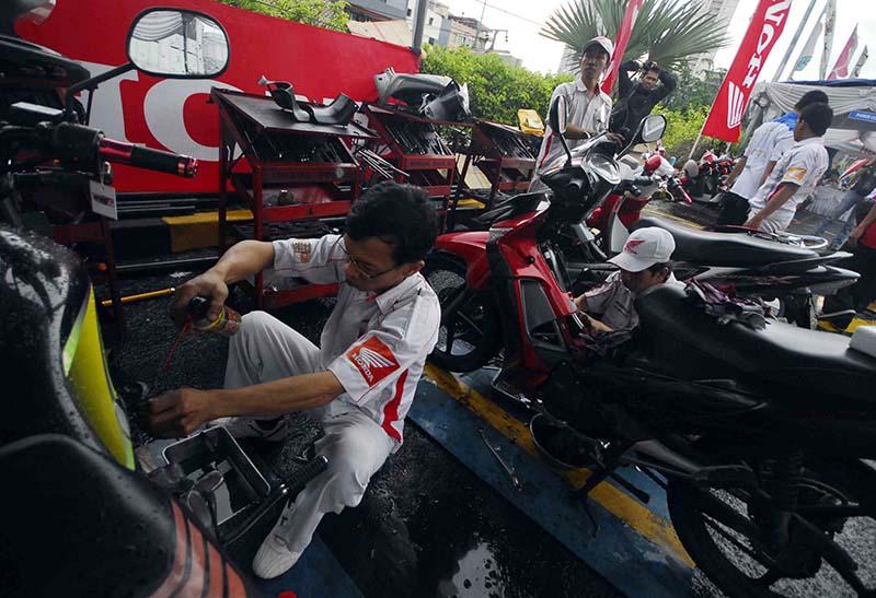 Service Sepeda Motor