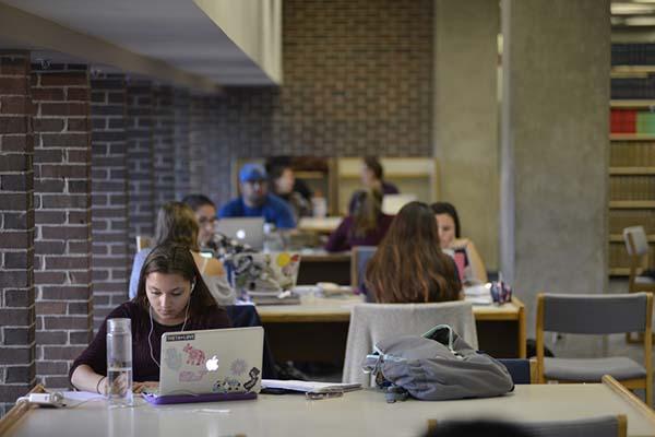 Online di kampus
