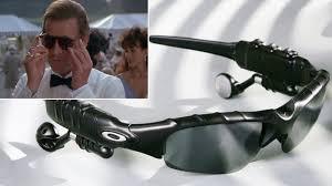 kacamata-canggih-james-bond