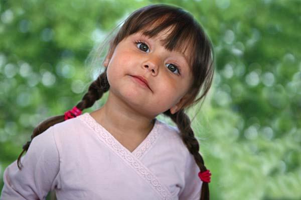 5 Pertanyaan Sulit Dari Anak Ini Harus Dijawab Benar Oleh Seorang Ibu!