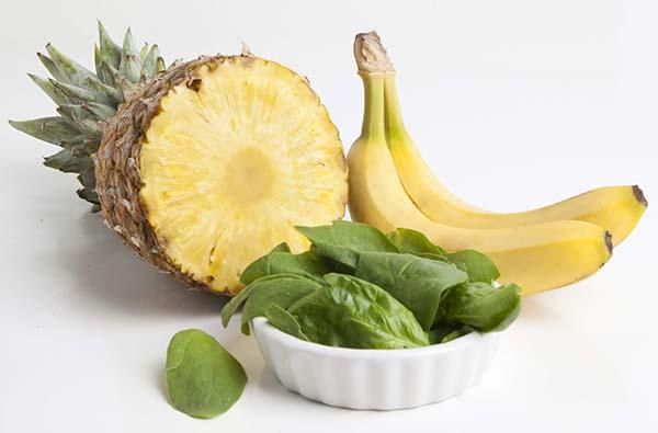 Nanas dan pisang