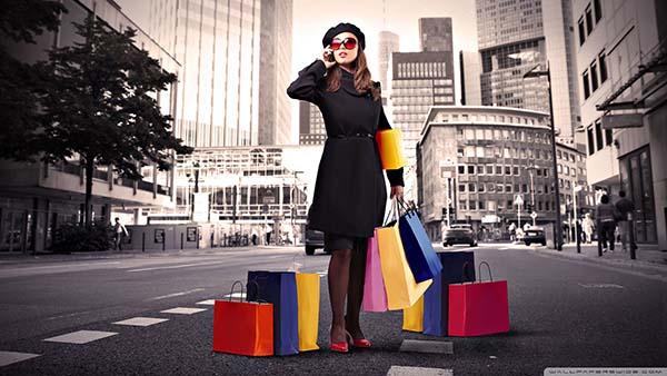 Belanja dan wanita