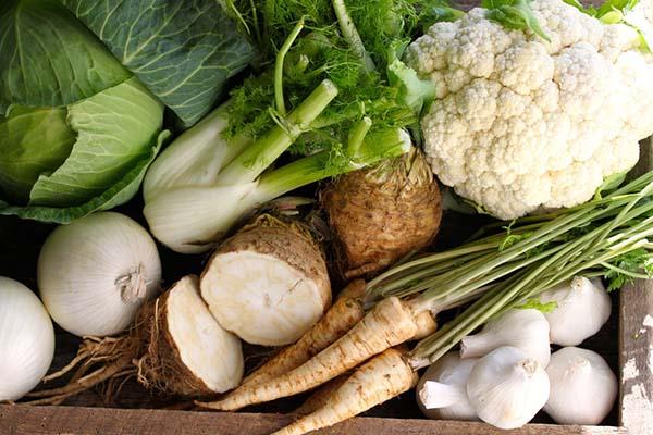 Buah dan sayur putih