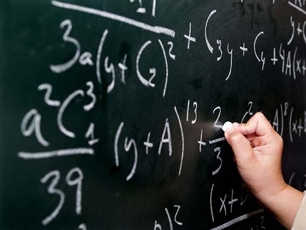 Mengerjakan matematika