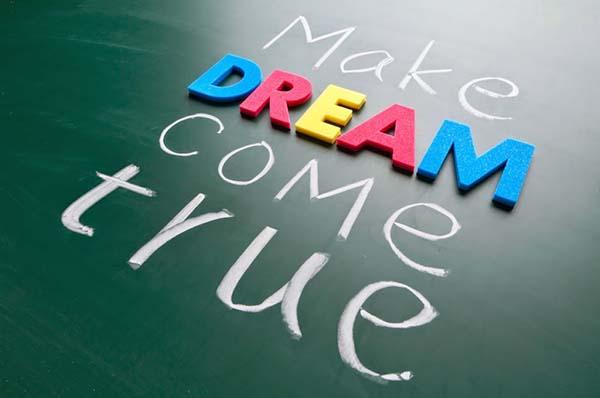 Wanita juga berhak memiliki mimpi serta cita-cita yang tinggi lho