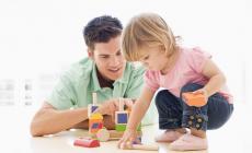 Permalink to 5 Eksperimen Sederhana dan Tidak Membosankan yang Bisa Kamu Coba Bersama Adikmu!