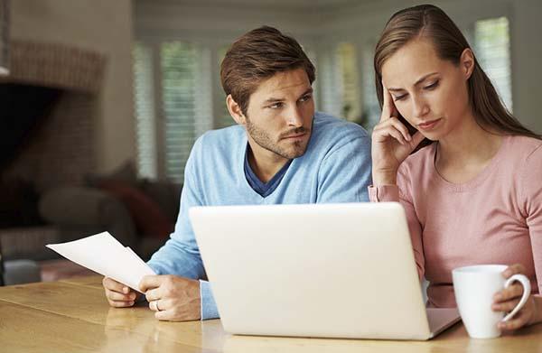 Permalink to 8 Strategi Keuangan yang Mesti Dilakukan oleh Kamu Pasangan Baru Menikah!