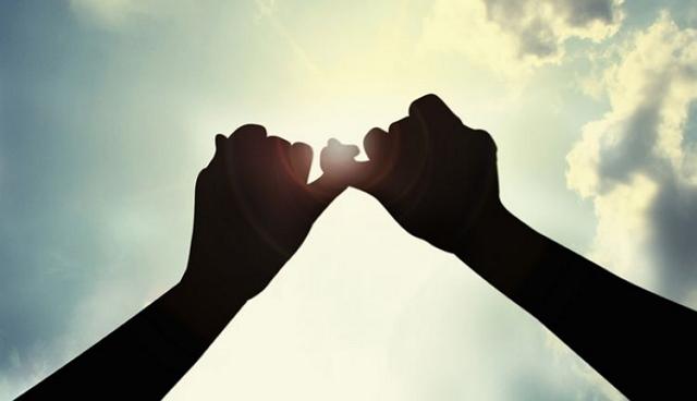 Permalink to 5 Filosofi Jari Jemari Manusia yang Memberi Petuah Bermakna