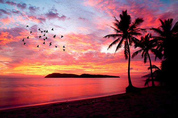 Bukan Soal Kesedihan, 5 Filosofi Sunset Ini Patut Kamu Renungkan